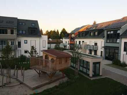Neubau-Erstbezug: Sofort einziehen! Großzügige 4-Zimmer-Maisonette-Wohnung im beschaulichen Alt-Riem