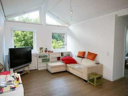Stilvolle, neuwertige 2-Zimmer-EG-Wohnung mit Balkon und EBK in Schondorf am Ammersee