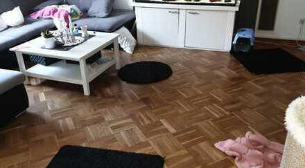 Maisonette Wohnung über zwei Ebenen mit Echtholzparkett