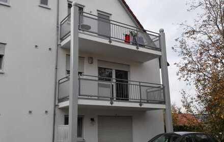 Helles, modernes, teilmöbliertes 1-Zimmer-Apartment mit Balkon & PKW-Stellplatz in BC/ Mettenberg