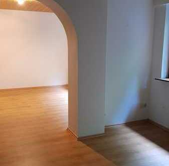 Gepflegte 3. Zi.Hochparterre-Wohnung mit Balkon und Einbauküche in Bad Rippoldsau-Schapbach