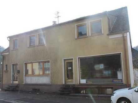 Großes 2 Fam.Haus mit 2 Eingängen, Laden und Schreinerwerkstatt