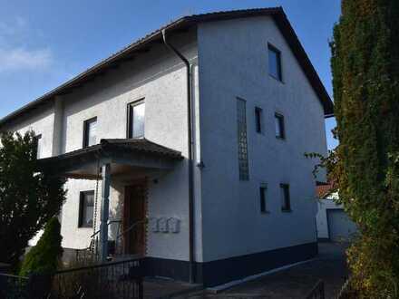 RESERVIERT! Attraktive 3 Zimmer-Wohnung in Maxhütte-Haidhof (Leonberg)