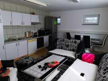 Neuwertige 2-Zimmer-Wohnung mit Einbauküche in Remseck-Aldingen