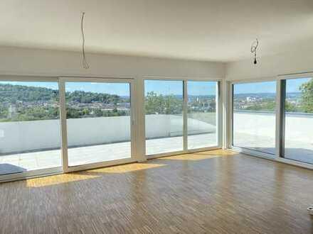 Neubau 4,5-Zimmer-Penthousewohnung - einzigartiger Blick über Kulmbach