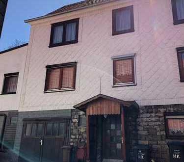 2 Häuser für einen Preis!