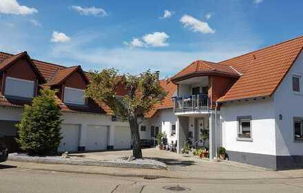 Großzügig residieren - 3,5 Zi-Dachgeschosswohnung mit Balkon