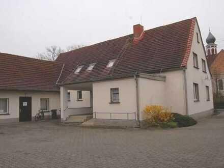 Fremdverwaltung - Sanierte 1-Raum-Altbauwohnung in ländlicher Umgebung