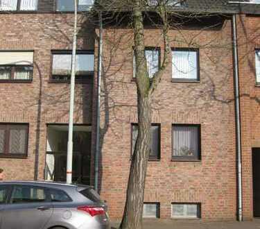 Krefeld-Hüls: schöne 4-Zimmer-Wohnung auf 2 Etagen mit Balkon und Garage in ruhiger Lage