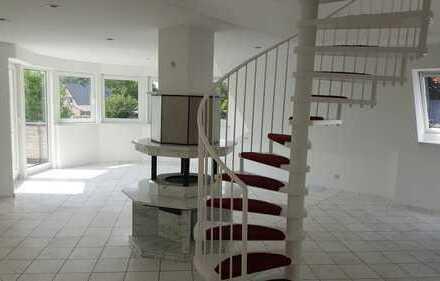 Exklusive 3,5-Zimmer-Maisonette-Wohnung mit gehobener Ausstattung in Kiel-Elmschenhagen Kroog