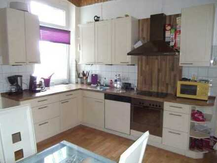 Ein Zuhause auf 100 m² mit moderner Einbauküche, 4,5 Raumwohnung in Essen-Überruhr