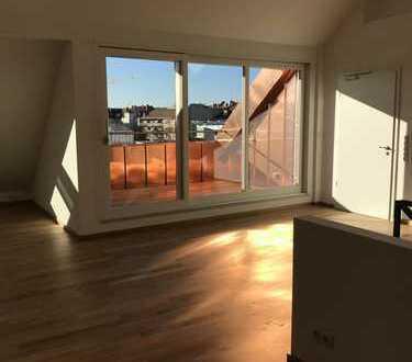 Exklusive Dachgeschosswohnung in der Maxvorstadt! Erstbezug nach Gerneralsanierung!