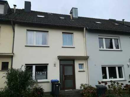 Helles geräumiges Einfamilienhaus mit Garten in Trier, Heiligkreuz