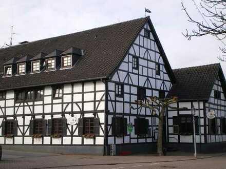 Wohnung im alten Fachwerkhaus im Herzen von Saarn