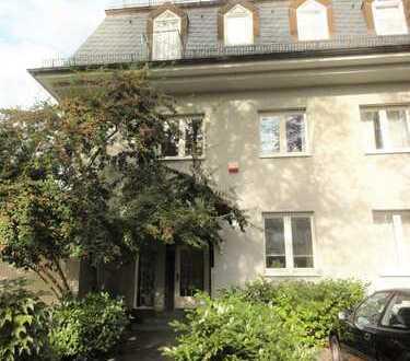 Helle 2 ZKB-möblierte Wohnung in Top Lage in Mannheim-Oststadt