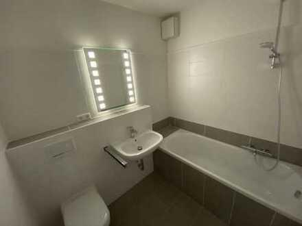 Helle, vollständig renovierte 3-Zimmer-Wohnung mit Balkon in Delmenhorst mit modern gestaltetem Bad