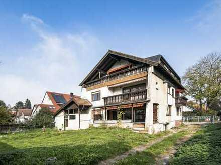 Mehrfamilienhaus in guter Lage sanierungsbedürftig