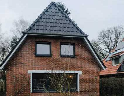 Liebevoll saniertes Haus mit 4ZKB und Garten