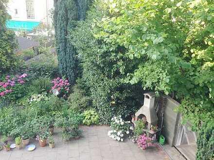 """Essen-Huttrop, ruhige Lage """"Nähe Elisabeth Krankenhaus"""" schöne,helle 2 Zi. KDB, Balkon/Gartennutzung"""