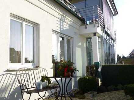Modernes Einfamilienhaus mit 6 Zimmern, 2 Bädern + Gäste-WC und Wintergarten in Schwäbisch Hall