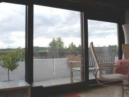 Erstklassige 2,5 Zimmer-Dachgeschosswohnung mit traumhafter Aussicht