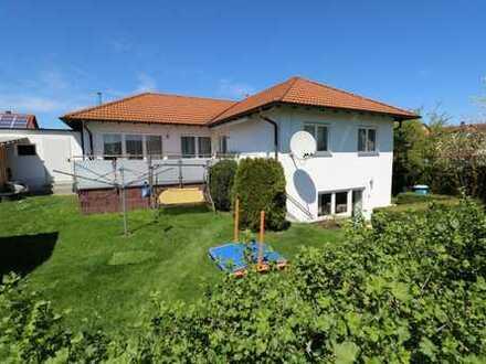 F&D   Gepflegtes Einfamilienhaus mit Einliegerwohnung in ruhiger Lage