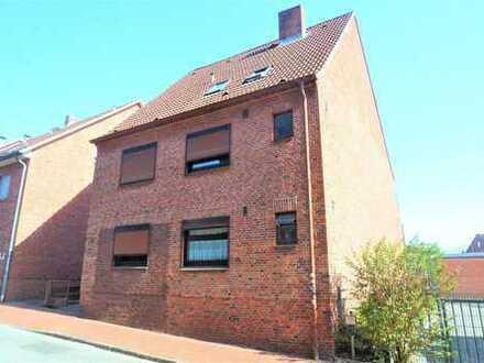 Renovierte 3-Zimmer-EG-Wohnung mit EBK in Itzehoe