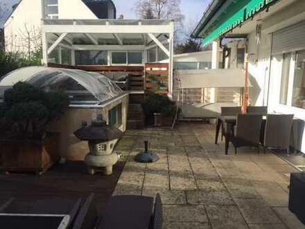 Exklusive, Mobilierte 2-Zimmer-in Hadern, München mit privat pool im Garden