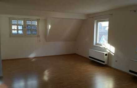 Stadtmitte Kirchheim, 2 Zimmer-Maisonettewohnung 64 m²