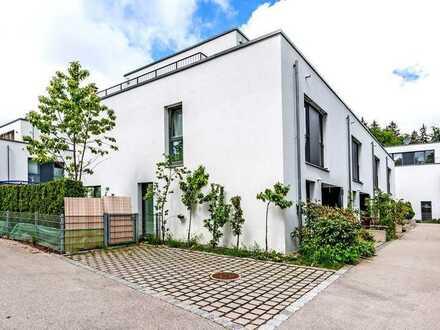 Ruhiges Domizil mit Dachterrasse und Garten