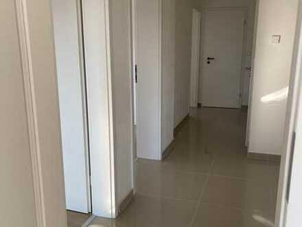 Vollständig renovierte 3-Zimmer-Wohnung mit Balkon und EBK in Calw-Heumaden
