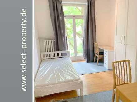 Helles neu möbliertes Zimmer mit Balkon in Altbau für 12 Mon. und länger - Einbauküche