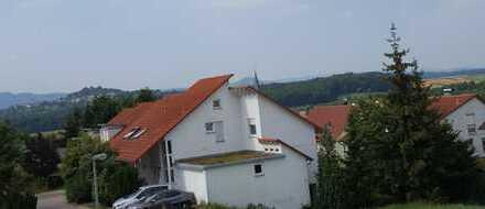 Schöne vier -Zimmer-Maisonette-Wohnung in Esslingen (Kreis), Großbettlingen