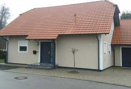Schönes Haus mit fünf Zimmern in Kelheim (Kreis), Neustadt an der Donau