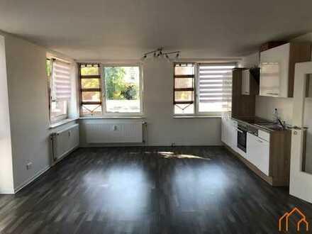 Großzügige Obergeschosswohnung mit Einbauküche in Stadtnähe!