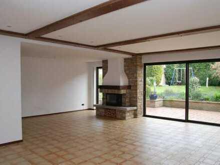 Top-renovierte, großzügige Wohnung mit Garten Nähe Uni/Technologiepark provisionsfrei zu vermieten