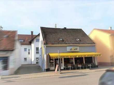 Wohn-Geschäftshaus mit Arztpraxen in Maxdorf