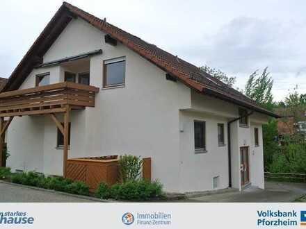 Gemütliche Dachgeschosswohnung in ruhiger Lage