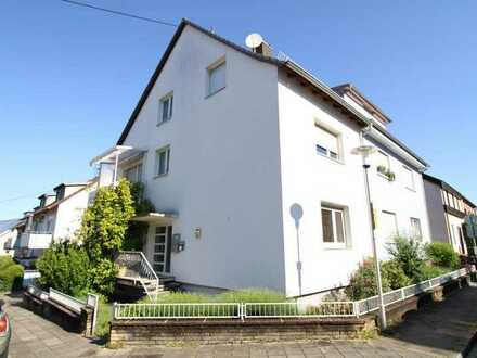 Schöne 2-Zimmer-Wohnung mit Balkon und Einbauküche in Grötzingen