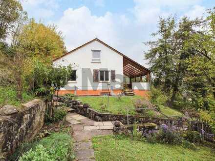 Familienidyll in Toplage: Gemütliches EFH mit weitläufigem Garten unweit Stuttgart