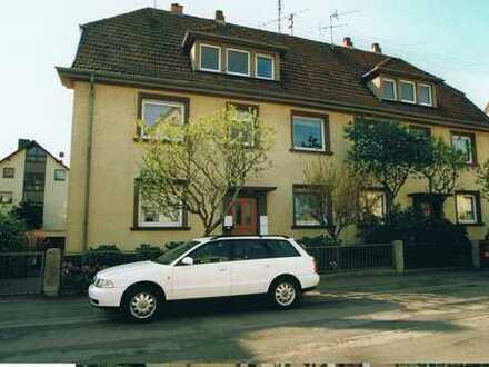 HD-Rohrbach: Helle Altbauwohnung im Erdgeschoss
