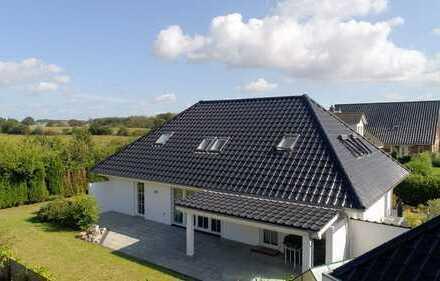 ~~Großzügiges Einfamilienhaus mit excellenter Ausstattung in Sackgassenendlage~~