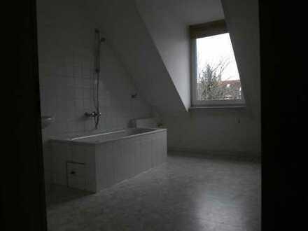 Schöne 2-Raum-DG-Wohnung in Mannheim