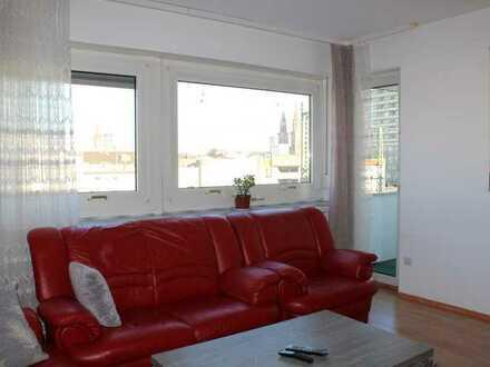 """""""TOP ANGEBOT"""" helle 4-ZKB Wohnung mit 3x Balkone und Aufzug"""