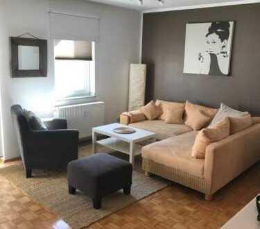 Exklusive, modernisierte 2-Zimmer-Wohnung mit Balkon und EBK in neu-isenburg