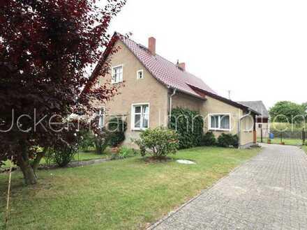 Haus in der Uckermark auf großem Grundstück - ein Traum kann wahr werden
