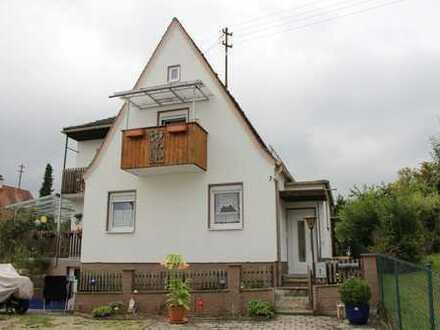 Schönes kleines Haus mit 3 ZKB in zentraler und ruhiger Lage, Aystetten (Kreis Augsburg)