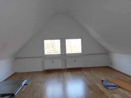 Attraktive 4-Zimmer-Maisonette-Wohnung in Bochum