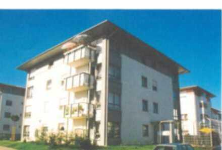 Schöne zwei Zimmer Wohnung im 2. OG mit Tiefgaragenstellplatz in Zwickau, Weißenborn