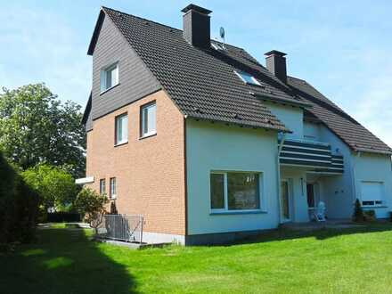 Modernisierte Doppelhaushälfte mit Garage in grüner Lage von Essen-Byfang